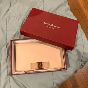 Salvatore Ferragamo Chain Crossbody Wallet